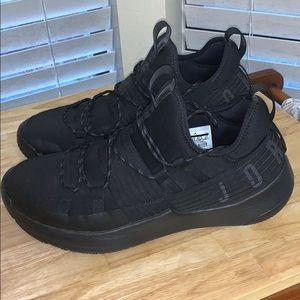 Jordan Nike trainer pro size 13 us